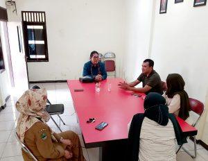 Penjajakan Kerjasama Prodi Ilmu Hukum Unikom dengan Desa Cilame